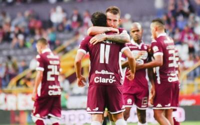 Saprissa goleó 4-0 a Pérez Zeledón