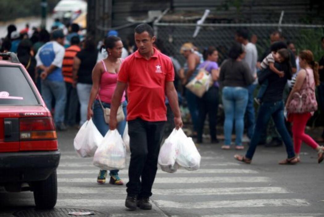 Casi al fondo se ubicó Venezuela con B-.