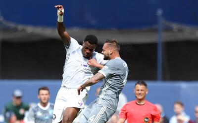 Cyle Larin, imparable para la defensa de New York City FC.