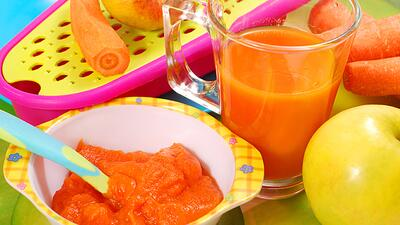 Homemade carrot and apple baby food