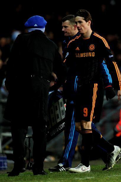 Cuando ya acababa el duelo, el técnico Carlo Ancelotti lo sacó del campo.