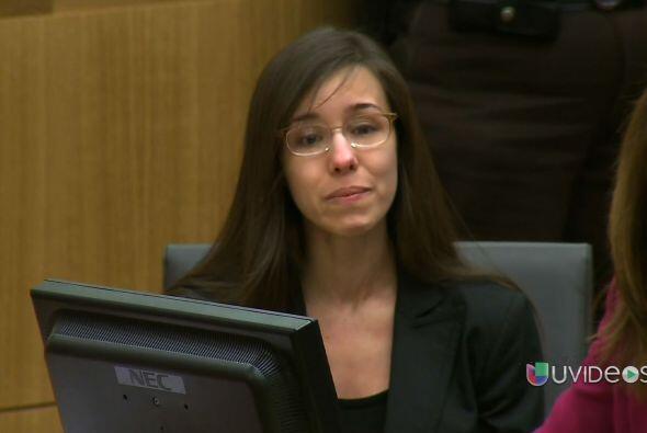 Jodi Arias fue hallada culpable de homicidio premeditado en primer grado...