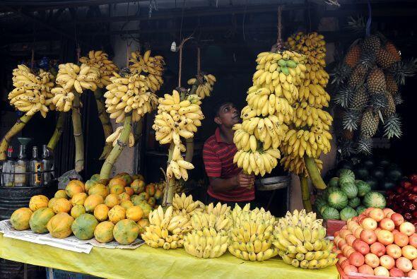 Dos raciones diarias de frutas es lo aconsejable para mantener una dieta...