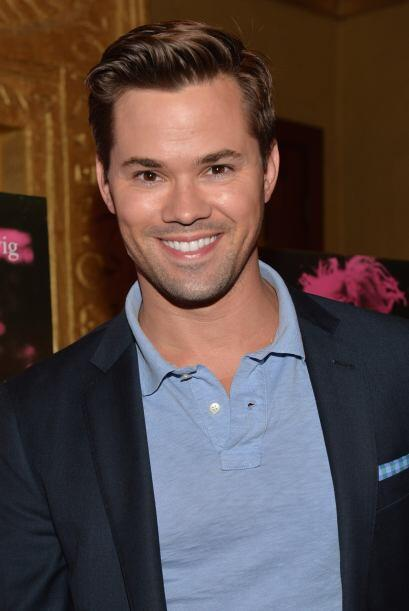 "Andrew Rannells Salió en los shows ""Girls"" y ""The New Normal"".Mira aquí..."