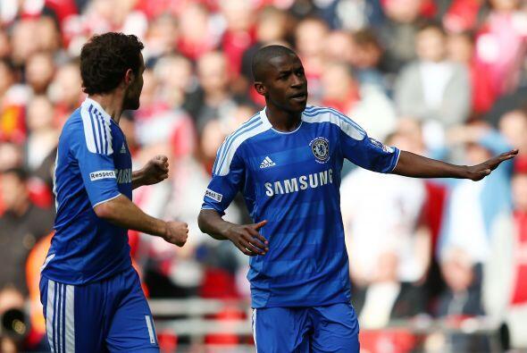 El remate del jugador del Chelsea superó al portero españo...