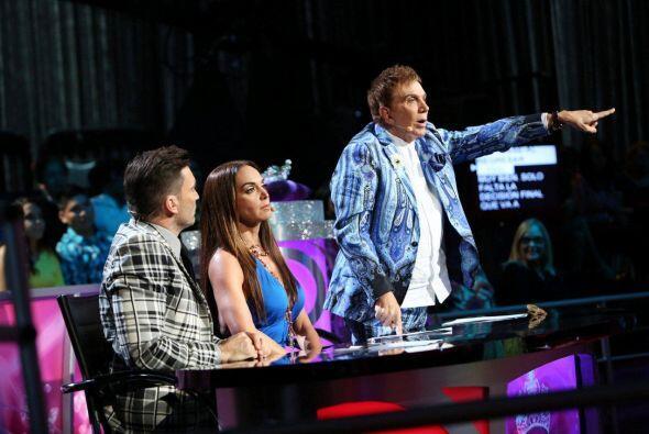 Julián, Lupita y Osmel no pudieron envitar sus discusiones.