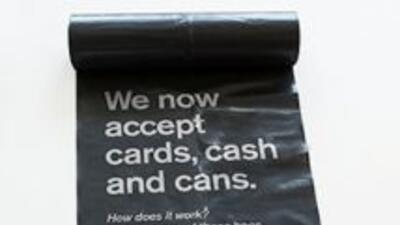 Para incentivar el reciclaje en el país, la cadena cambiará latas vacías...