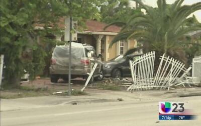 Accidente fatal deja tres muertos en un area residencial