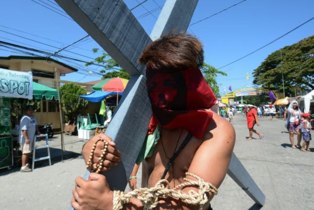 Hubo flagelaciones y crucifixiones   en Filipinas con motivo de las cele...