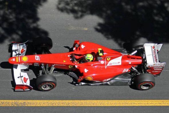Alonso mejoró considerablemente y estuvo a punto de pasar a Vette...