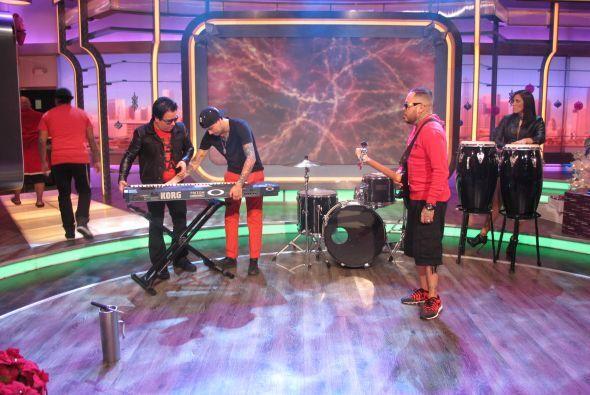 Tras perder varias libras de peso, el músico regresó con su agrupación K...
