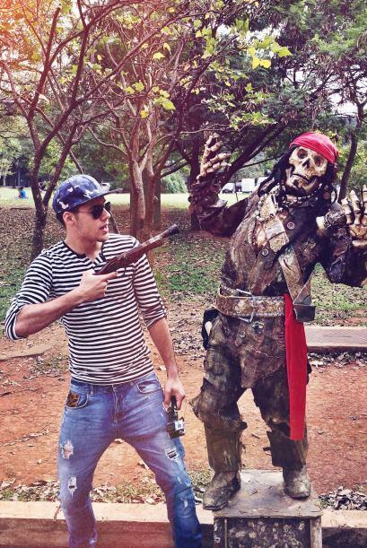 Ten mucho cuidado, pirata, porque William te tiene en la mira.