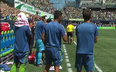 Primera llegada de Seattle y gol de Cristian Roldán