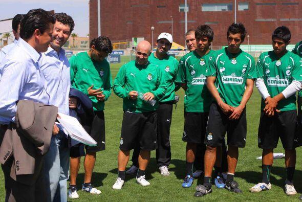 Fernando Arce, Oribe Peralta, Juan Pablo Rodríguez, Oswaldo S&aac...