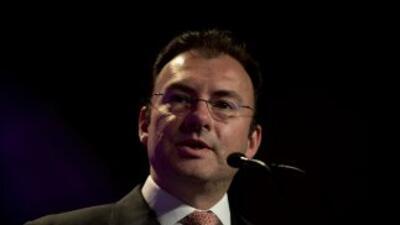 El secretario de Hacienda, Luis Videgaray,destacó que el cruce de infor...