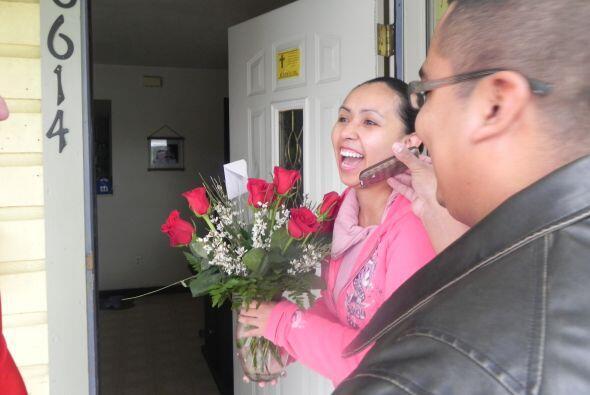 Nos dirigimos a la cuarta cita, pero antes le pedimos a Vanessa que amar...