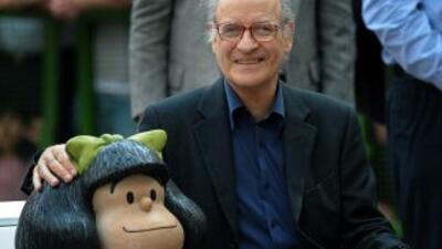 Una exposición sobre los 50 años de Mafalda, la célebre niña pacifista y...