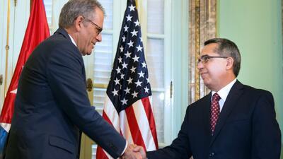 Cuba y Estados Unidos reanudan relaciones diplomáticas