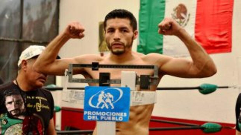 Jhonny González supera pesaje a siete días de pelea titular (Foto: Alma...