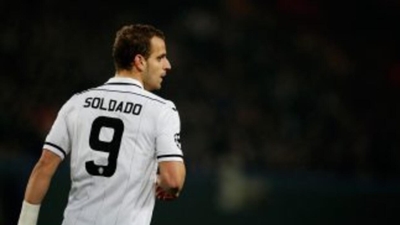 Soldado hizo de penalti el primer gol del Valencia.