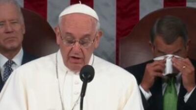 John Boehner contiene las lágrimas durante el discurso del Papa Francisco