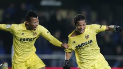 Dos Santos hizo dos goles y asistió en dos ocasiones a Uche, siendo el m...