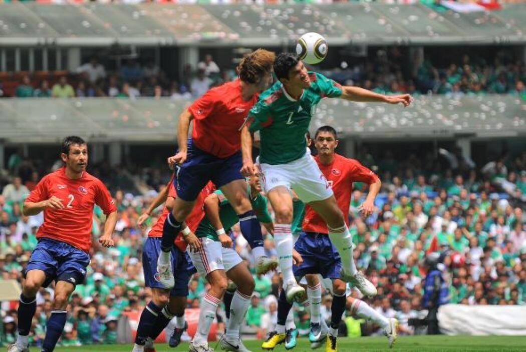 Previo al Mundial de Sudáfrica 2010 y de nuevo con Javier Aguirre en el...