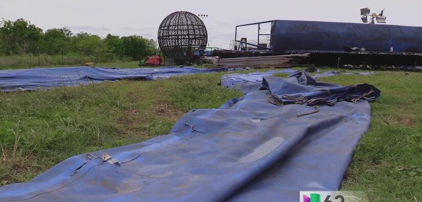 Tormentas en Texas causan fuertes daños a uno de los primeros circos his...