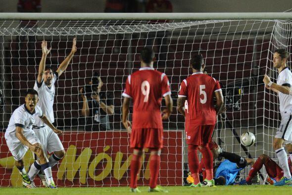 México perdía con Costa Rica y Panamá le ganaba a Estados Unidos 2-1 al...