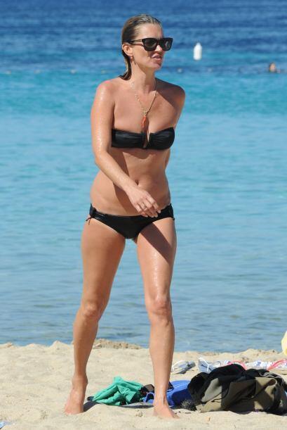 Las legendarias supermodelos se fueron juntas de vacaciones a Ibiza y di...