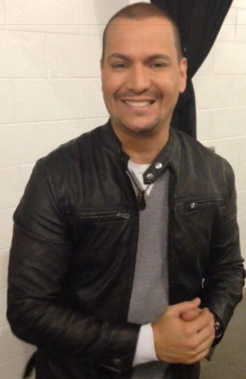 Víctor Manuelle nos dio su mejor sonrisa. ¡Un salsero súper guapo!