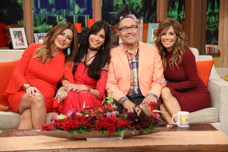 Giselle, Fernando y Karla junto a Paola Gutiérrez, también de las pioner...