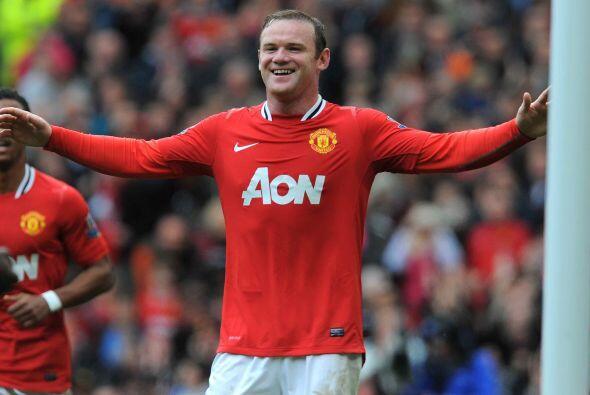 Rooney cobró el disparo y no falló para poner las cosas 4-2.
