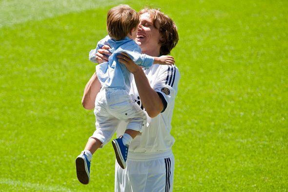 En realidad, era el hijo de Luka, quien estaba al lado de su padre.