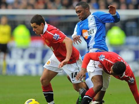 Manchester United superó al Wigan por 4 a 0 y se mantiene en la c...