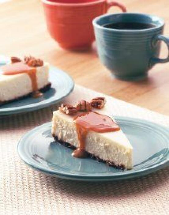Cremoso Pastel de Queso con Vainilla. Es rico, fácil de preparar y un po...