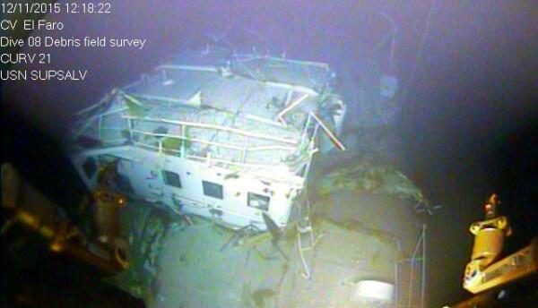 Revelan imágenes bajo agua del buque El Faro