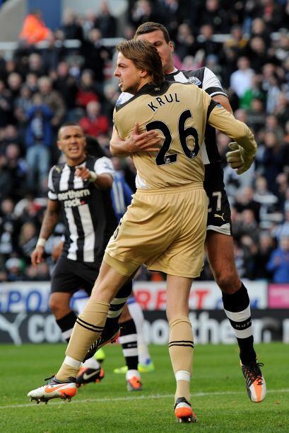 El Newcastle festejó la acción y buscaba dar el batacazo.....