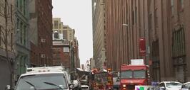 Colapso de grúa en Manhattan cobra la vida de una persona