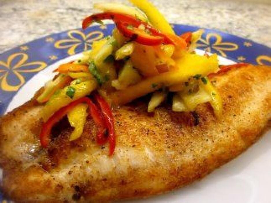 Tilapia con ensalada de mango y manzana: la maravilla de esta receta es...
