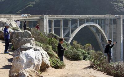 Puente en Big Sur desde el que saltaron los paracaidistas que fallecieron