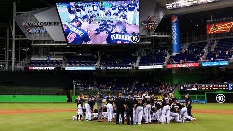 Emotivo homenaje a José Fernández en partido de Los Marlins contra Los Mets