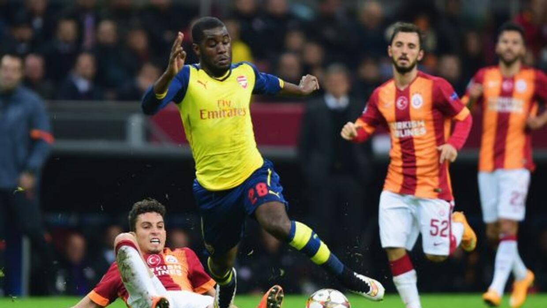 El delantero de Costa Rica deja al Arsenal para sumarse al 'Submarino Am...