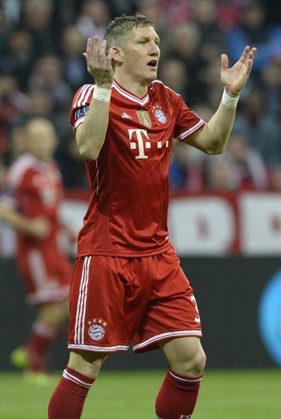 El alemán Bastian Schweinsteiger fue el pilar en la mitad de camp...
