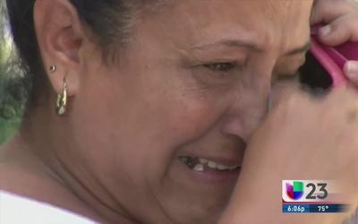 Desesperados cubanos varados en frontera Costa Rica-Nicaragua