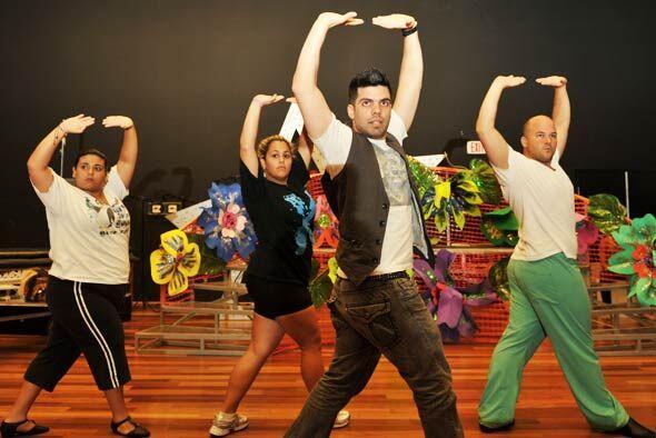 Aníbal Marrero es el encargado de poner a bailar a los participan...