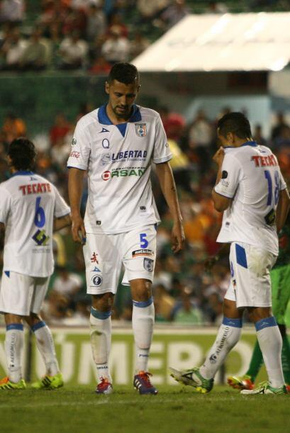 Yasser Corona: El jugador del Querétaro está cuajando una muy buena temp...