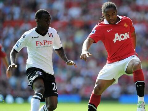 Manchester United venció al Fulham por 2 a 0 y se mantiene como e...