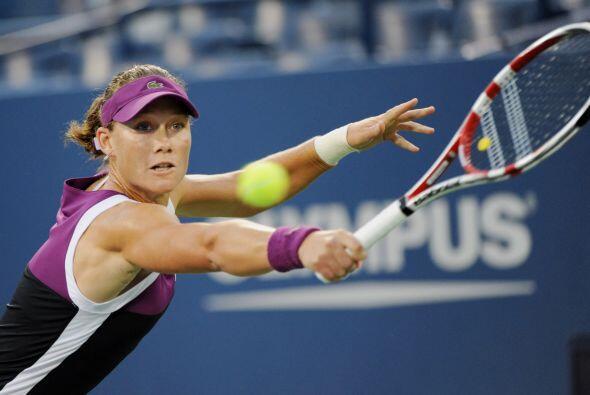 Samantha Stosur, sembrada número nueve, derrotó a Maria Kirilenko 6-2, 6...