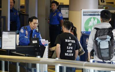 Nuevo sistema de inspección podría retrasar a los viajeros en 10 aeropue...